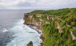 Балийские байки. Движение, права и опасности.