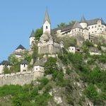 Замок Гохостервитц, Австрия
