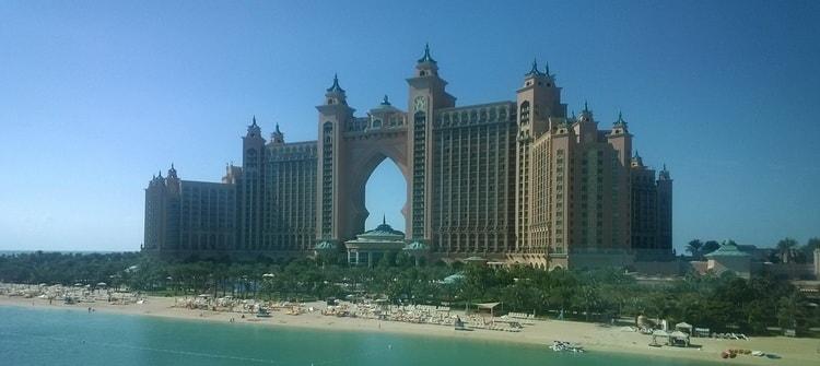 Дубаи.Пляж и мечеть Джумейра