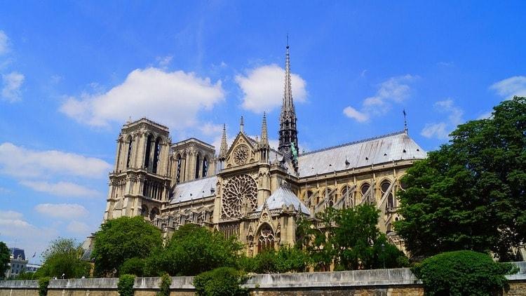 Собор Парижской Богоматери и его архитекторы