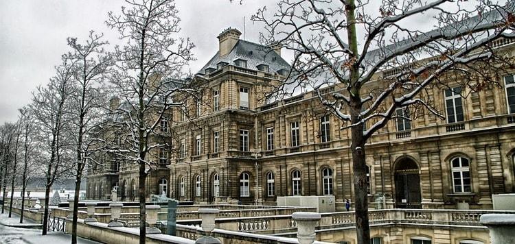 Работа во Франции. Образование и трудоустройство в французских городах.