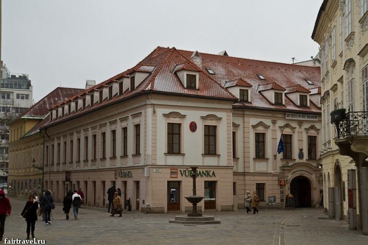 Узкие улочки Братиславы