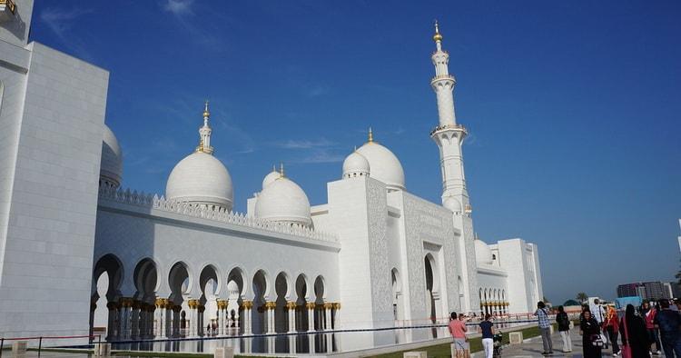 Дубаи. Большая мечеть