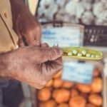 Экзотические фрукты купленные на рынке Бокерия в Барселоне