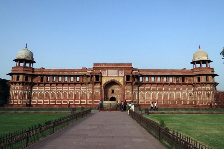 Загадочная Индия. Популярные города. Форт Агры