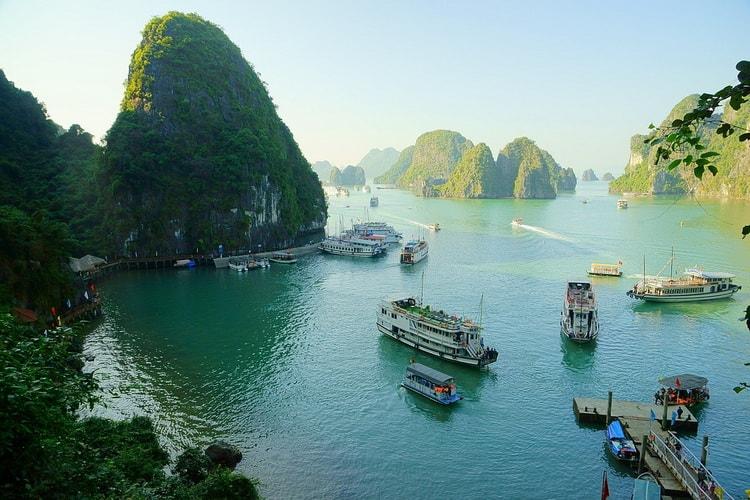 В этой статье мы представляем список, самых популярных курортов Вьетнам. Мы расскажем об их особенностях, а так же их отличительные черты...
