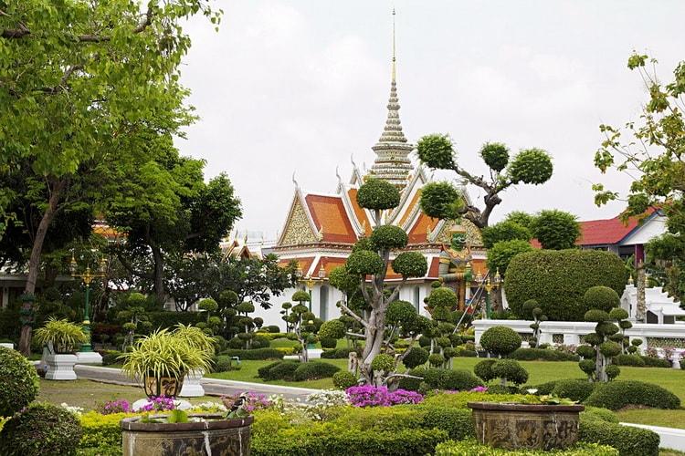 Бангкок многоликий город. Ват Урун
